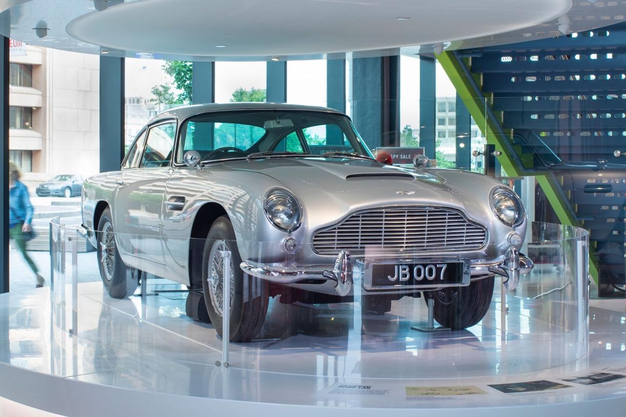 Aston Martin Db5 Bond Car International Spy Museum